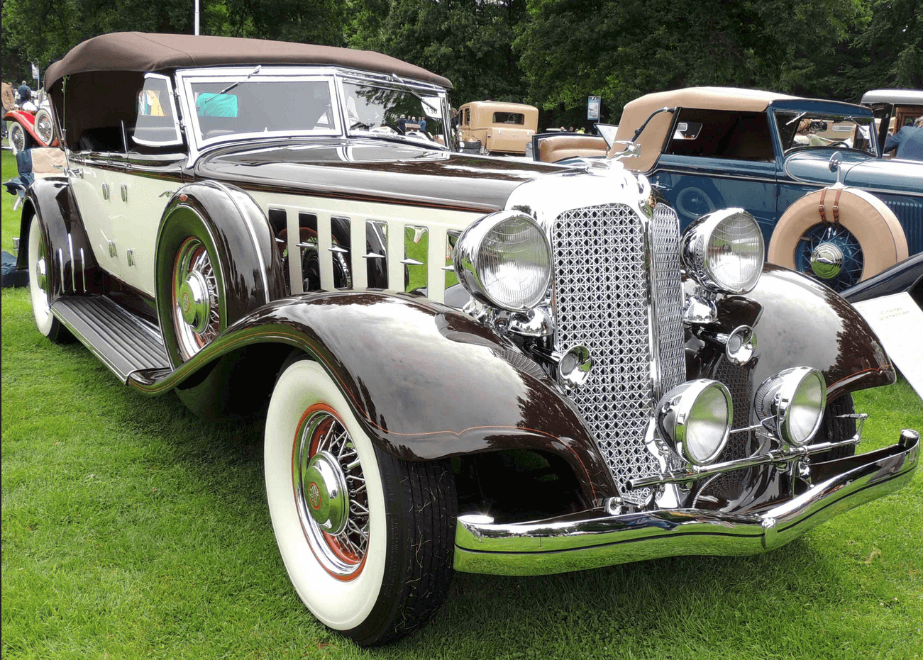 a 1933 Packard LeBaron. Quite a beaut, we say!