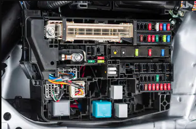 auto electrical system fuse box